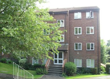 Thumbnail 2 bed property to rent in St. Leonards Park, East Grinstead