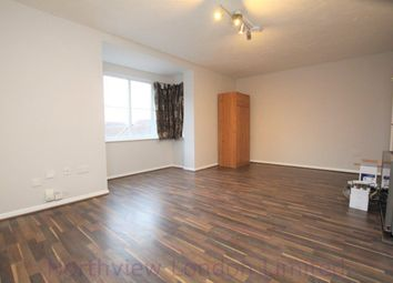 Thumbnail Studio to rent in Mahon Close, Enfield
