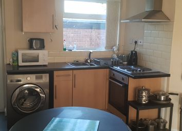Thumbnail 4 bed shared accommodation to rent in Doncaster Road, Armthorpe, Doncaster