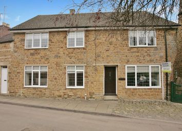 Thumbnail 3 bed cottage for sale in Kings Road, Bloxham, Banbury