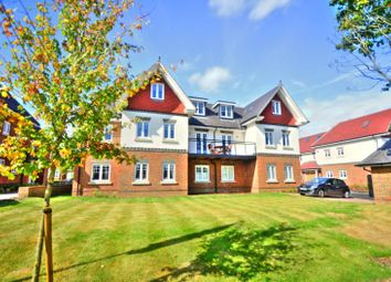 Thumbnail 2 bed flat to rent in Parkwood House, Magnolia Drive, Banstead
