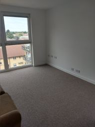 1 bed flat to rent in Regal House, Ilford IG2