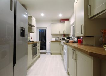 Thumbnail 6 bed maisonette to rent in Goldspink Lane, Sandyford, Newcastle Upon Tyne