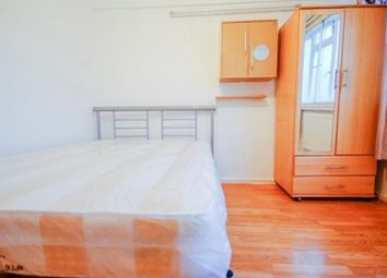 Thumbnail 2 bed flat for sale in Lomas Street, London