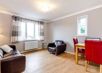Thumbnail 1 bed flat to rent in Elm Park Road, Pinner