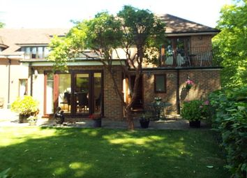 Thumbnail 2 bed flat to rent in Kemsing Road, Wrotham, Sevenoaks