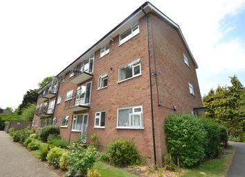 Thumbnail 3 bedroom flat to rent in Lovelace Gardens, Surbiton