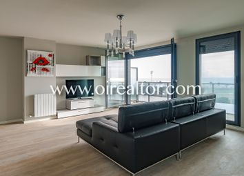 Thumbnail 4 bed apartment for sale in Poblenou, Barcelona, Spain