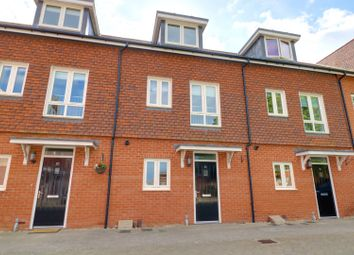 Thumbnail 3 bed terraced house for sale in Newlands Way, Wallingford