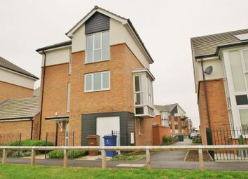 Thumbnail 5 bedroom detached house to rent in Griffiths Road, Purfleet