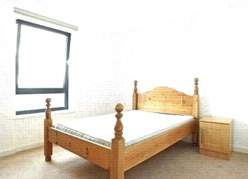 Thumbnail 1 bed flat to rent in Tyssen Street, Dalston