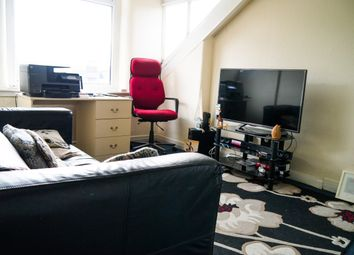 Thumbnail 1 bedroom flat to rent in Chestnut Avenue, Leeds