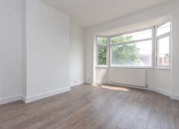 Thumbnail 1 bed flat to rent in Balmoral Road, Watford