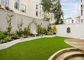 4 bed maisonette for sale in Belsize Square, Belsize Park, London NW3