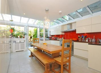 4 bed property to rent in Rosebury Road, London SW6