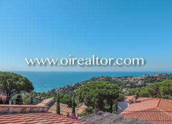 Thumbnail 4 bed property for sale in Font De Sant Llorenç, Lloret De Mar, Spain