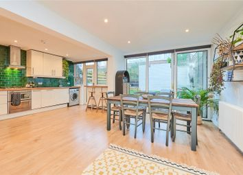 2 bed maisonette for sale in Dunmow Walk, Popham Street, London N1