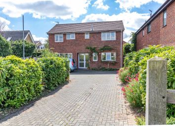 Townsend, Grove, Wantage OX12. 4 bed detached house
