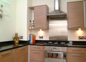 Thumbnail 2 bed flat to rent in Hornton Street, Kensington