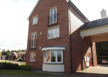 Thumbnail 2 bedroom flat to rent in Neapsands Close, Preston