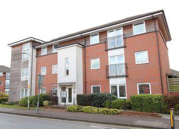 Thumbnail 2 bedroom flat to rent in Amersham Road, Caversham, Reading