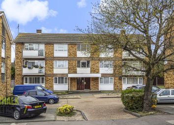 Thumbnail 2 bed flat for sale in Bevan Way, Hornchurch