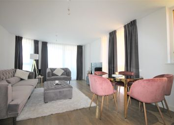 Thumbnail 3 bed flat to rent in Telegraph Avenue, Greenwich