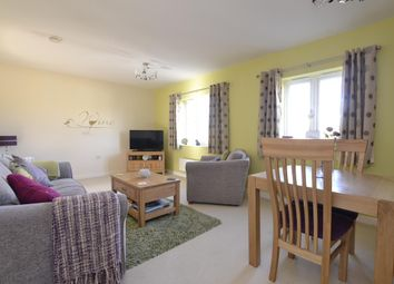 Thumbnail Flat for sale in Bathing Place Court, Witney, Oxfordshire