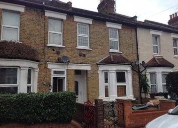Thumbnail 1 bed flat to rent in Lansdowne Road, Hounslow, Middlesex