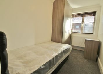Thumbnail Room to rent in Tanners Lane, Ilford, Essex