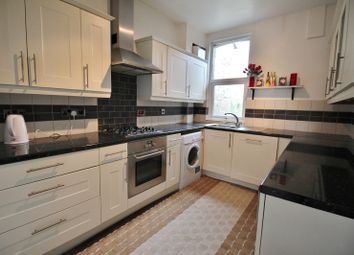 Thumbnail 2 bed flat to rent in Green Lanes, Winchmore Hill, Palmers Green
