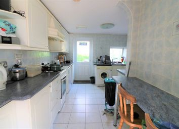 Thumbnail Room to rent in Furzen Crescent, Hatfield