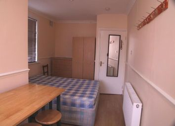 Thumbnail Detached house to rent in Glynfield Road, Harlesden