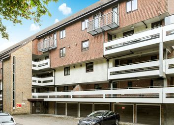 Thumbnail 2 bedroom flat for sale in York Court Kingsway Gardens, Andover