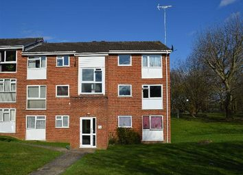 Thumbnail 2 bedroom flat to rent in Nightingale Walk, Hemel Hempstead