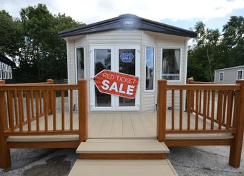 Thumbnail 2 bed mobile/park home for sale in Carlton Mers Holiday Park, Saxmundham, Suffolk.