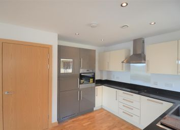 Thumbnail 2 bed flat to rent in Central Road, Dartford