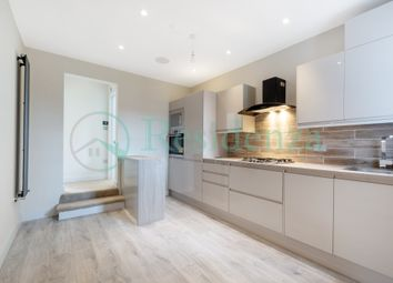 Thumbnail 2 bed flat to rent in Coverton Road, Tooting Broadway