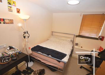 Thumbnail 4 bed flat to rent in Onslow Road, Southampton, Hampshire