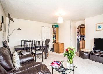 2 bed flat for sale in Courtlands Close, Watford WD24