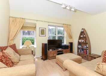 Thumbnail 2 bedroom flat to rent in Chapelmount Road, Woodford Green