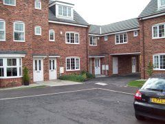2 bed flat to rent in Spinkhill View, Renishaw, Sheffield S21