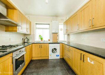 Thumbnail 2 bed flat to rent in New Road, Wood Green