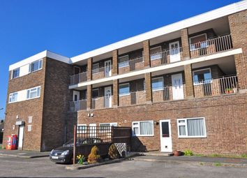Thumbnail 2 bed flat to rent in Furrow Way, Maidenhead