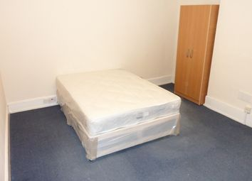 Thumbnail Studio to rent in East Hill, Dartford