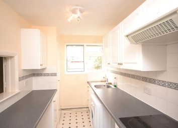 Thumbnail 1 bedroom flat to rent in Chestnut Row, Nether Street, Finchley