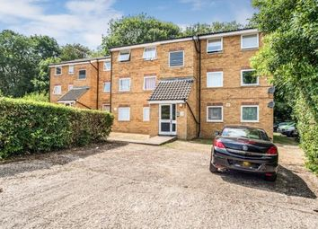 Thumbnail 2 bed flat for sale in Valley Green, Hemel Hempstead, Hertfordshire