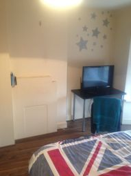 Thumbnail Room to rent in Lodge Avenue, Dagenham