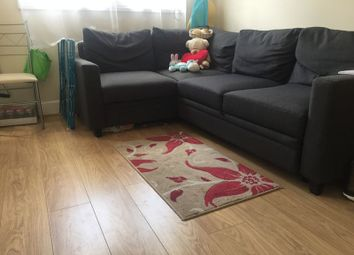 Thumbnail 1 bedroom flat to rent in Eglinton Hill, London