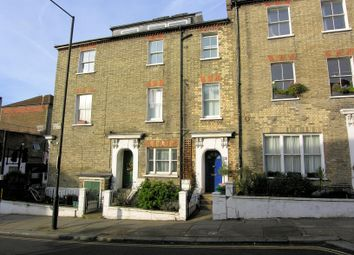 Thumbnail 2 bed maisonette to rent in Chetwynd Rd, Dartmouth Park, London.